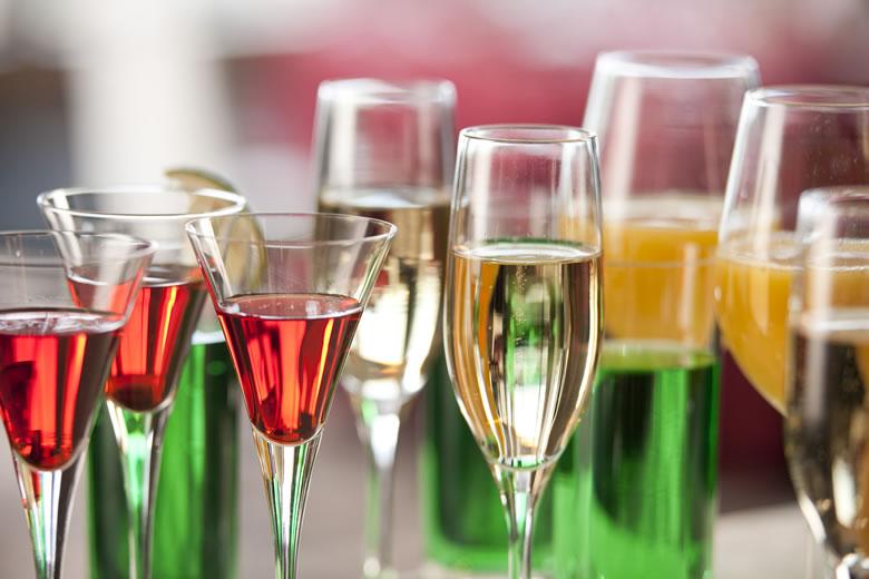 シャンパンとスパークリング・ワインはどう違う?