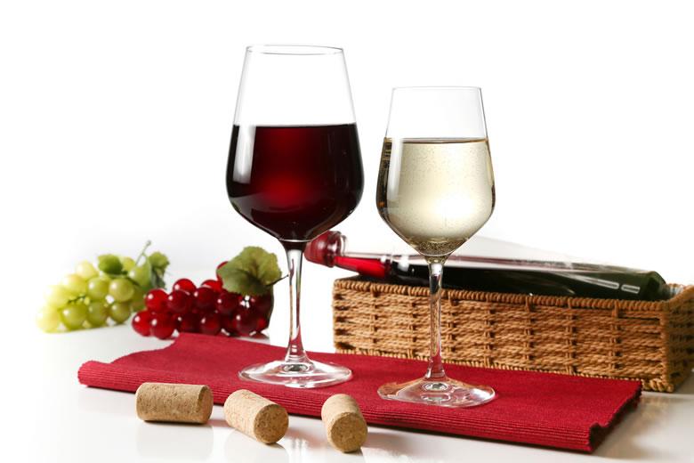 赤ワインと白ワインの違いとは?